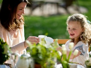 original_Camille-Styles-Events-mother-daughter-tea-party_s4x3